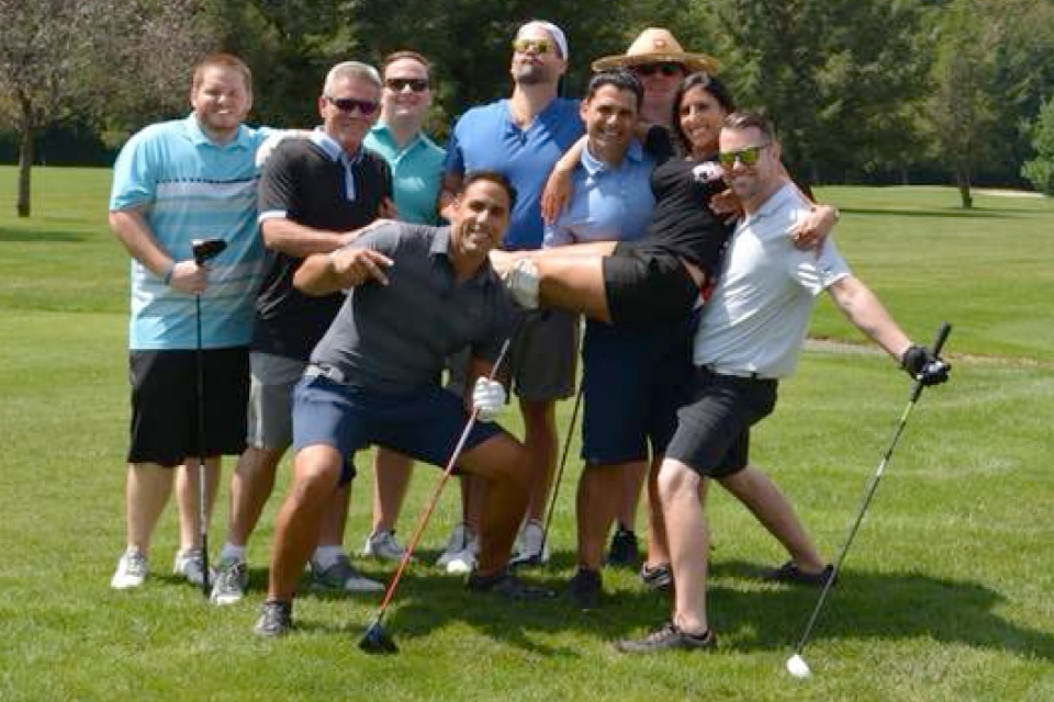 laneys-golf-scramble-for-pediatric-cancer